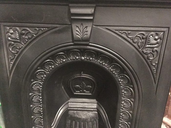 Victorian Arched Unit Close-Up